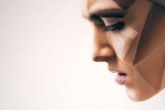 Attraktive sinnliche Frau mit bodyart auf Gesicht Lizenzfreie Stockbilder