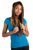 Attraktive und ernste Afroamerikaner-Dame Lizenzfreies Stockfoto