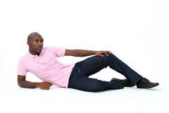 Attraktiver überzeugter und reizvoller Mann Lizenzfreie Stockbilder