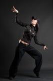 Attraktiver Brunette im Tanz stockfotografie