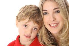 Attraktiver Frau und Kindheadshot mit copyspace lizenzfreies stockbild