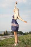 Attraktives blondes erwachsenes Mädchen Stockfotos