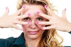 Attraktives blondes Frauenportrait Stockbild