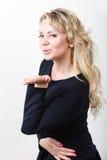 Attraktives blondes Frauenportrait Stockbilder
