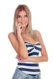 Attraktives blondes Mädchen lokalisiert Lizenzfreie Stockbilder
