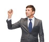 Attraktives buisnessman oder Lehrer mit Markierung Lizenzfreie Stockfotos