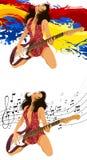 Attraktives Mädchen mit einer Gitarre Stockfotos