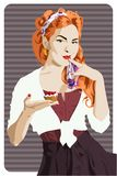 Attraktives Stift-obenartmädchen, das einen Kuchen hält lizenzfreie abbildung