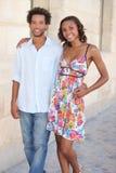 Attraktivt ungt gå för par Royaltyfria Foton