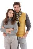 Attraktivt ungt krama för par Arkivbild