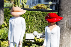 Attrapp med munhuvudet i Cannes, Frankrike Royaltyfri Fotografi