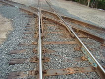 attraversamento dei binari ferroviari immagine stock libera da diritti