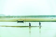 Attraversamento del fiume Fotografie Stock Libere da Diritti