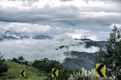 Attraversando la montagna fra Guayaquil e Cuenca, l'Ecuador Immagini Stock Libere da Diritti