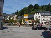 Attraversando in Vianden a Lussemburgo immagine stock