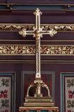 Attraversi sull'altare dei san Stephen, Ladislaus e Emeric nella cattedrale di Zagabria Immagini Stock