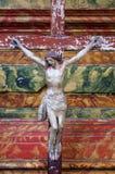 Attraversi sull'altare nella chiesa di St Leonard di Noblac in Kotari, Croazia Immagine Stock Libera da Diritti