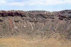 Attraverso il cratere Fotografia Stock