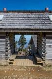 Attraverso la cabina di ceppo sul Mt LeConte Fotografia Stock
