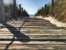 Attraverso le dune Immagini Stock