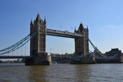 Attrazione famosa di Londra, ponte iconico della torre Fotografia Stock Libera da Diritti