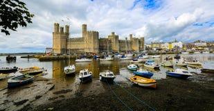 Attrazione storica del nord di Galles del castello di Caernarfon Fotografie Stock Libere da Diritti