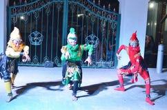 Attrazioni di ballo di Ramayana nel gruppo di lavoro di Jogja Culturestock immagine stock