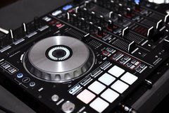 Attrezzatura del DJ, regolatore del DJ Immagine Stock
