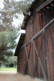 Attrezzatura dell'alloggio del granaio a storia del museo di irrigazione, re City, California Fotografia Stock