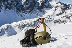 Attrezzatura dell'alpinista di inverno Fotografie Stock Libere da Diritti