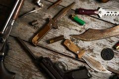 Attrezzatura di caccia su fondo di legno Immagine Stock Libera da Diritti