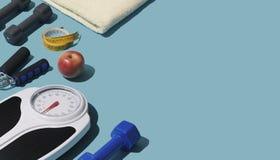 Attrezzatura di forma fisica e di addestramento illustrazione di stock