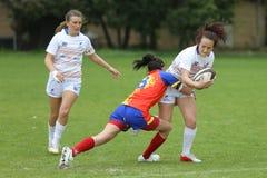Attrezzatura durante il gioco di rugby femminile Immagini Stock Libere da Diritti