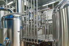 Attrezzatura per produzione della birra Fotografie Stock Libere da Diritti