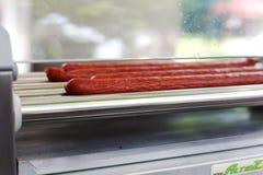Attrezzatura professionale per la preparazione del hot dog Fotografie Stock Libere da Diritti