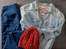 Attrezzature dei vestiti e degli accessori della donna, Fotografia Stock Libera da Diritti