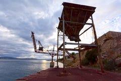 Attrezzature portuali dal cemento fotografia stock libera da diritti