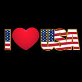 Attribuez un libelle la couleur des Etats-Unis d'amour d'I et le coeur pourpre stylisés par drapeau sur un fond noir Illustration Photo stock