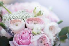 attributi alla moda di nozze della sposa bride&#x27 classico; mazzo di s fotografie stock
