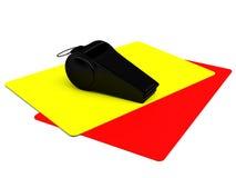 Attributi di un arbitro di calcio: giallo e cartellini rossi, un fischio Fotografie Stock Libere da Diritti