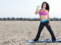 Atttractive woman working out on beach Royalty Free Stock Photography