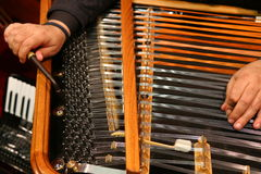 Attunes a cimbalom Royalty Free Stock Photography