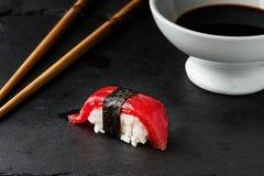 Atum vermelho Nigiri Fotos de Stock