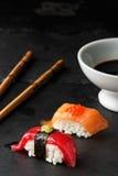 Atum vermelho Nigiri Imagens de Stock