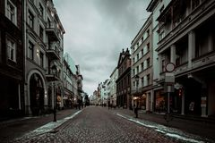Aturdindo a cidade bonita do inverno do Polônia imagem de stock royalty free
