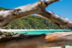 Aturdindo a vista da praia de Murrays, situada dentro do parque nacional de Booderee em Jervis Bay Territory imagem de stock