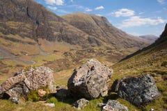 Aturdindo a vista escocesa BRITÂNICA das montanhas e do vale em Glencoe Escócia Reino Unido Imagem de Stock Royalty Free