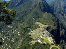 Aturdir la vista de Machu Picchu y camino serpentino, Perú fotos de archivo libres de regalías