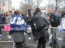 Atutowi zwolennicy, kobiety ` s Marzec, NYC, NY, usa Zdjęcia Royalty Free