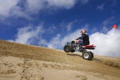 atv wydmowego wzgórza męski jazdy piasek męski Obraz Stock